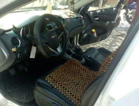 Bán Chevrolet Cruze LT 2017, nhập khẩu nguyên chiếc số sàn