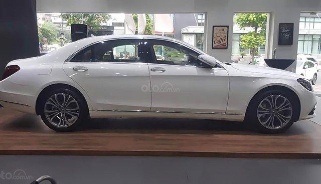 Bán xe Mercedes S450L Luxury sản xuất 2019, màu trắng