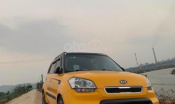 Bán xe Kia Soul đời 2011, màu vàng, nhập khẩu số tự động