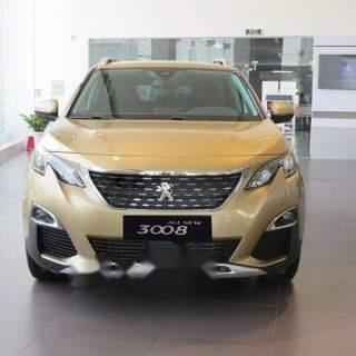 Bán xe Peugeot 3008 đời 2019, màu vàng