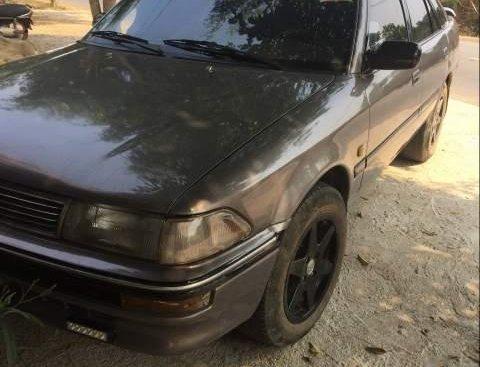 Cần bán gấp Toyota Corolla đời 2000