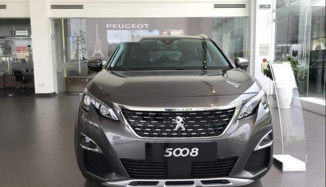 Cần bán Peugeot 5008 năm sản xuất 2019, màu xám