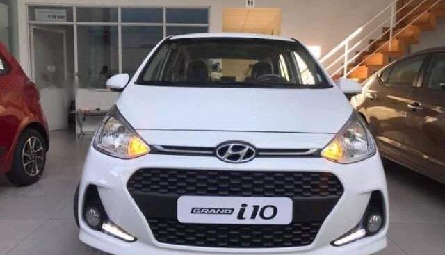 Bán Hyundai Grand i10 1.2MT năm sản xuất 2019, màu trắng, 370tr