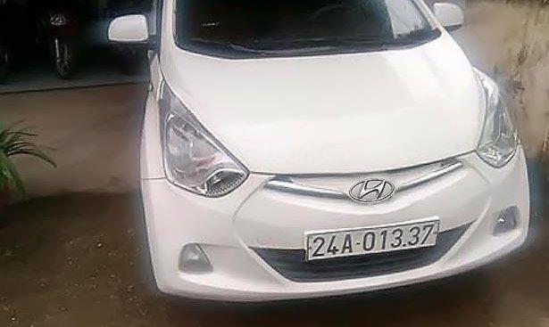 Cần bán Hyundai Eon 0.8 MT đời 2011, xe cũ màu trắng, nhập khẩu