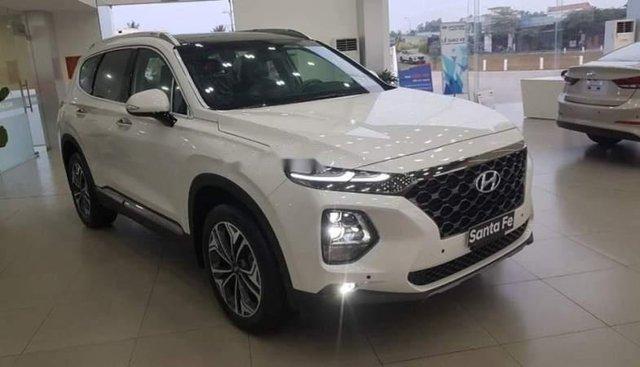 Bán ô tô Hyundai Santa Fe năm 2019, màu trắng, nhập khẩu nguyên chiếc