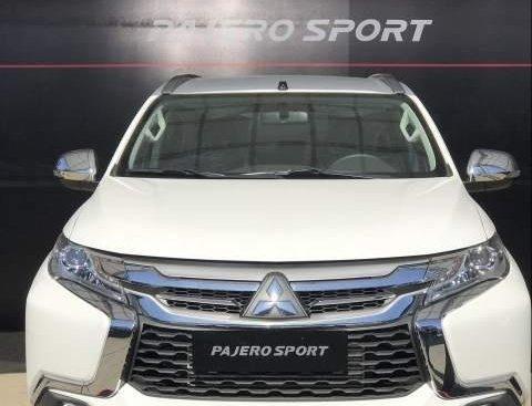 Cần bán Mitsubishi Pajero 2019, màu trắng, nhập khẩu nguyên chiếc