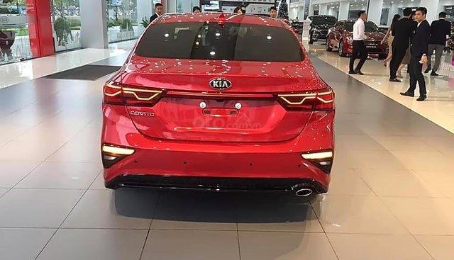 Bán Kia Cerato 2.0 AT Premium năm 2019, màu đỏ, mới 100%