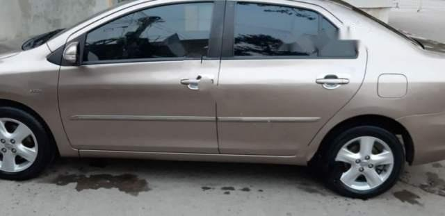 Bán xe Toyota Vios 1.5G số tự động sx 2009, đăng ký lần đầu tháng 10/2009, chủ nữ công chức sử dụng