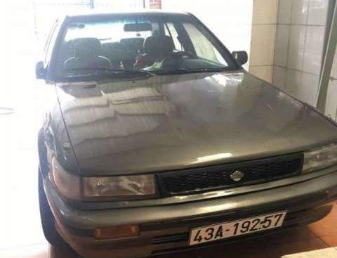 Cần bán gấp Nissan Bluebird năm 1992, màu xám, xe nhập giá cạnh tranh