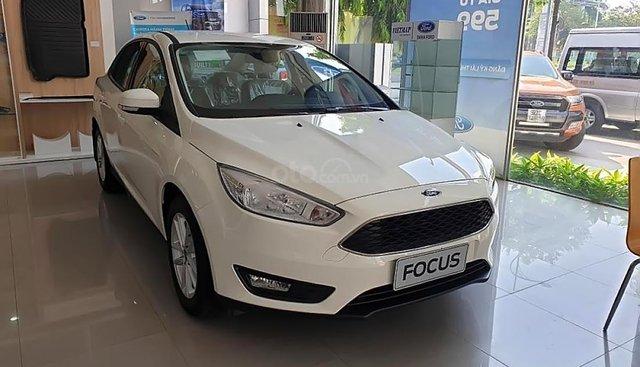 Cần bán xe Ford Focus Trend 1.5L sản xuất 2019, màu trắng