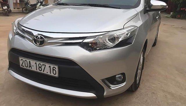 Cần bán xe Toyota Vios G đời 2016, màu bạc, đi 2 vạn km, mới bảo dưỡng chuẩn 2 vạn, lịch sử bảo dưỡng hãng