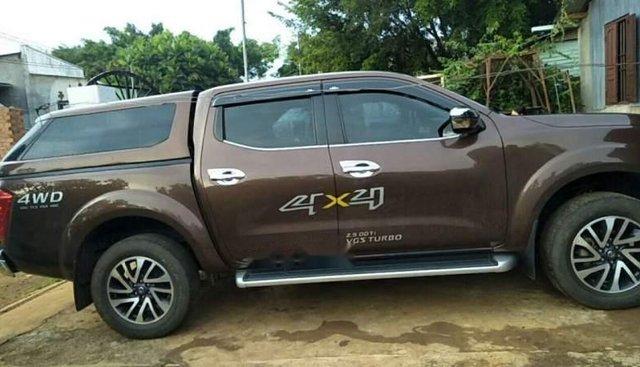 Bán xe Nissan Navara sản xuất năm 2017, màu nâu còn mới, giá tốt