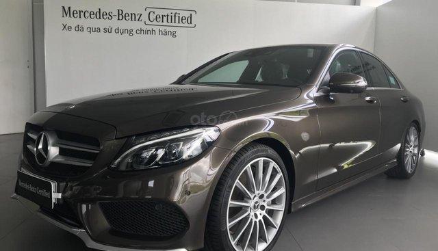 Bán Mercedes C300 AMG đăng ký 2018, màu nâu. Bảo hành đến 2021