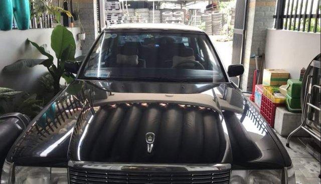 Bán ô tô Toyota Crown 2.2 năm 1994, màu đen, nhập khẩu, giá chỉ 179 triệu