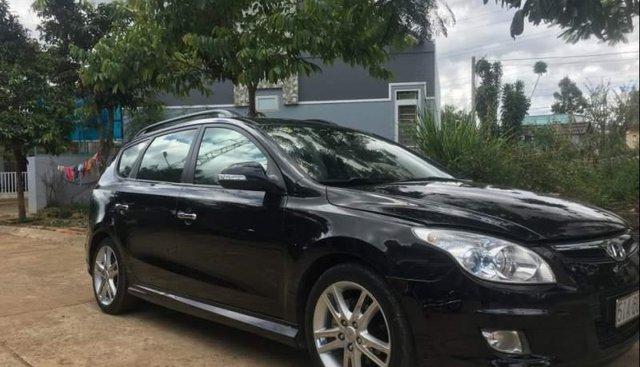 Cần bán lại xe Hyundai i30 CW 2009, màu đen, nhập khẩu