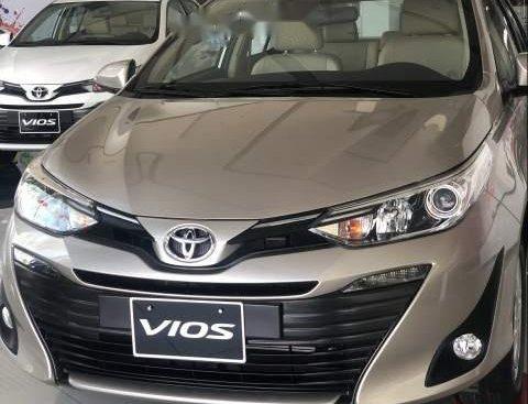 Bán xe Toyota Vios G đời 2019, màu vàng cát, 606tr
