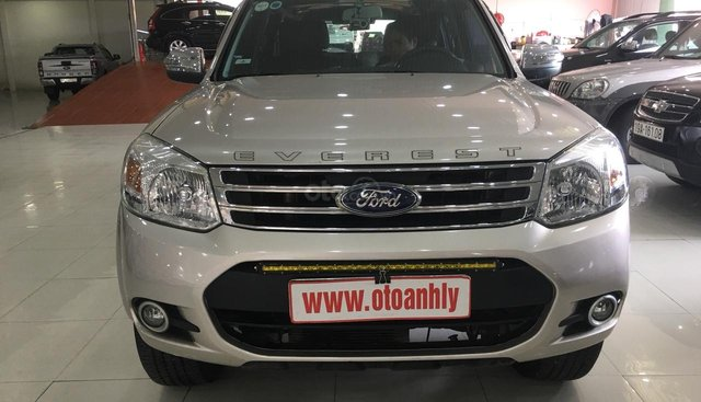 Cần bán xe Ford Everest đời 2014, màu kem (be), giá 655tr