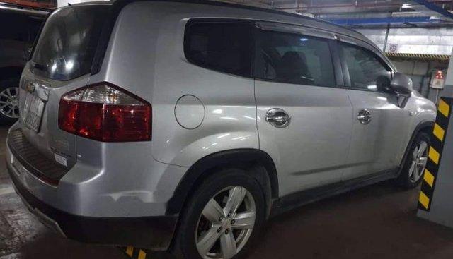 Cần bán Chevrolet Orlando sản xuất năm 2012, màu bạc số sàn