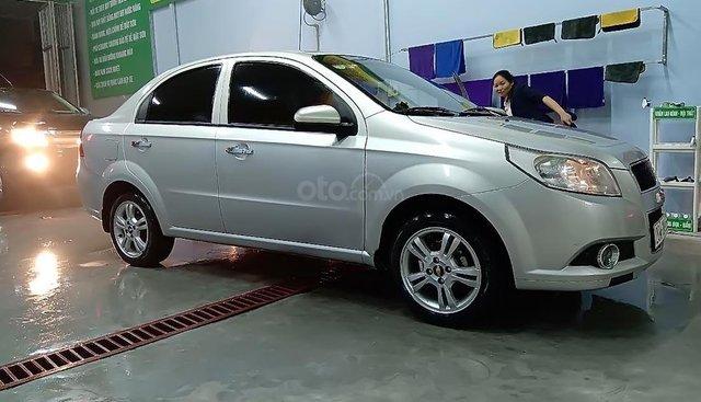 Bán Chevrolet Aveo sản xuất năm 2017, màu bạc