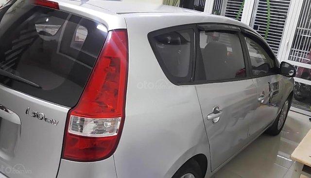 Bán Hyundai i30 CW 1.6 AT sản xuất 2009, màu bạc, nhập khẩu