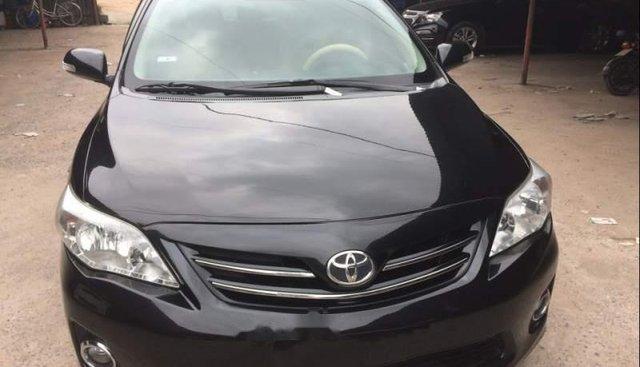 Chính chủ bán Toyota Corolla altis sản xuất năm 2011, màu đen