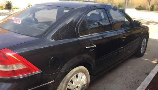 Cần bán xe Ford Mondeo sản xuất năm 2003, màu đen, nhập khẩu, xe còn đẹp