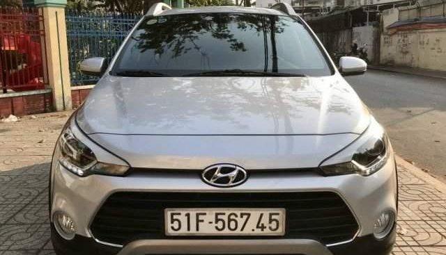 Bán Hyundai i20 Active đời 2015, màu bạc, nhập khẩu