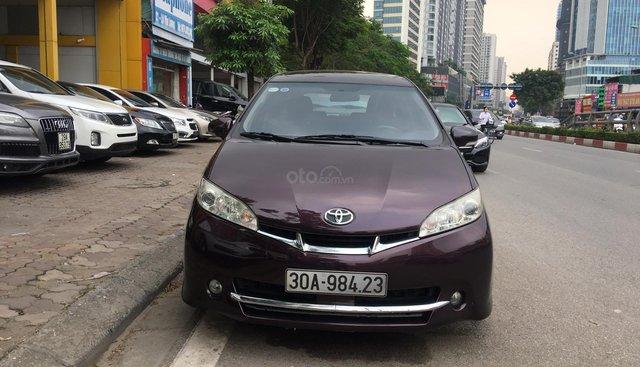 Bán ô tô Toyota Wish 2.0AT model 2011, màu đỏ, nhập khẩu nguyên chiếc