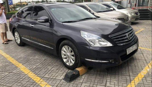Cần bán xe Nissan Teana năm sản xuất 2009, màu đen