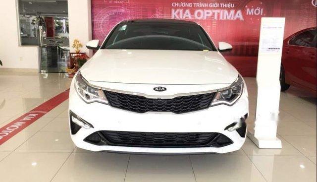 Bán Kia Optima năm sản xuất 2019, màu trắng, giá tốt
