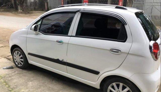 Cần bán xe Chevrolet Spark LT 0.8 sản xuất năm 2011, màu trắng, giá cạnh tranh