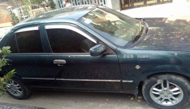 Cần bán Ford Laser năm 2005 xe gia đình