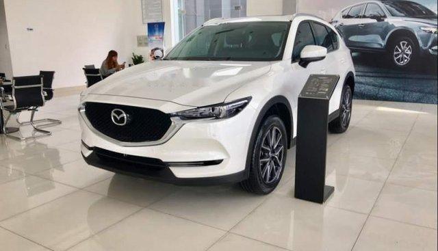Bán xe Mazda CX 5 2.5 2018, màu trắng, giá 934tr