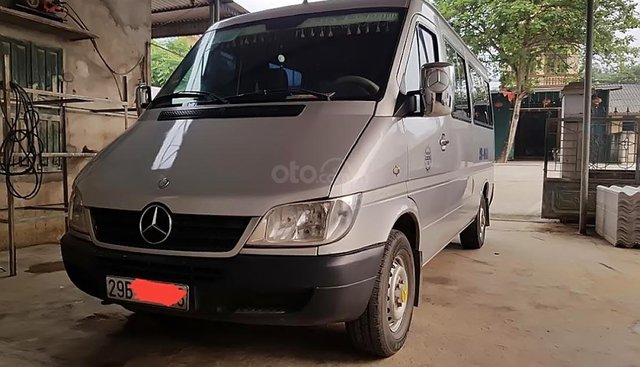 Cần bán Mercedes 311 đời 2007, màu bạc số sàn, giá chỉ 220 triệu