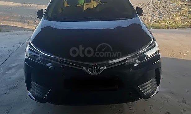 Cần bán xe Toyota Corolla altis sản xuất năm 2018, màu đen