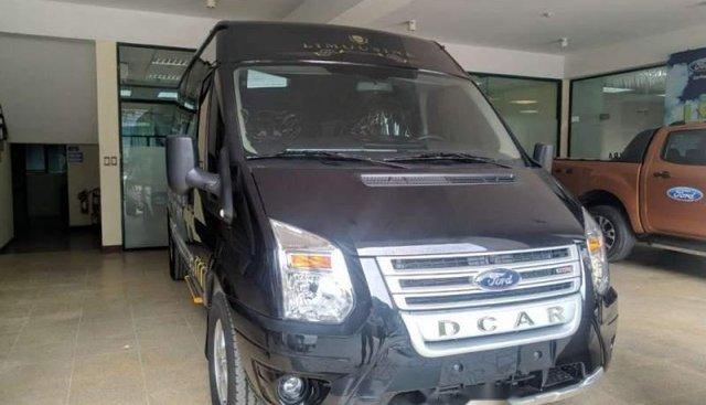 Cần bán Ford Transit Limousine sản xuất 2019