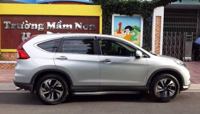 Bán Honda CR V 2.4AT sản xuất 2015, màu bạc chính chủ, giá chỉ 880 triệu