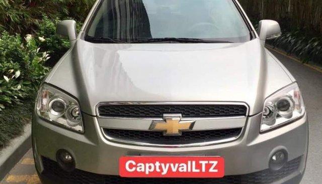 Bán Chevrolet Captiva LTZ đời 2009, màu bạc, xe nhập