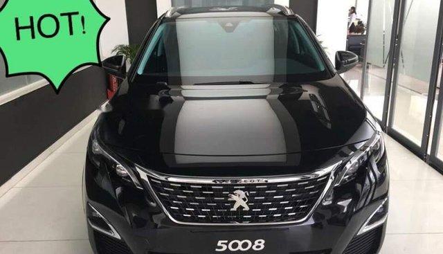 Bán xe Peugeot 5008 đời 2019, màu đen, nhập khẩu