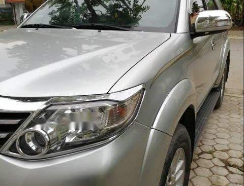 Bán ô tô Toyota Fortuner sản xuất 2014, màu bạc như mới