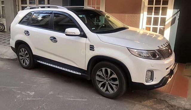 Bán Kia Sorento DATH sản xuất năm 2016, màu trắng, xe gia đình