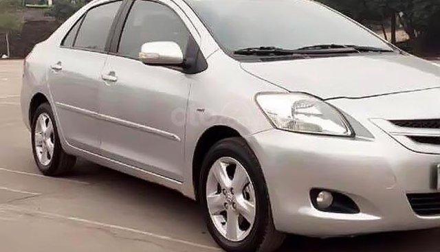Bán Toyota Vios sản xuất năm 2008, màu bạc, số sàn, 305 triệu