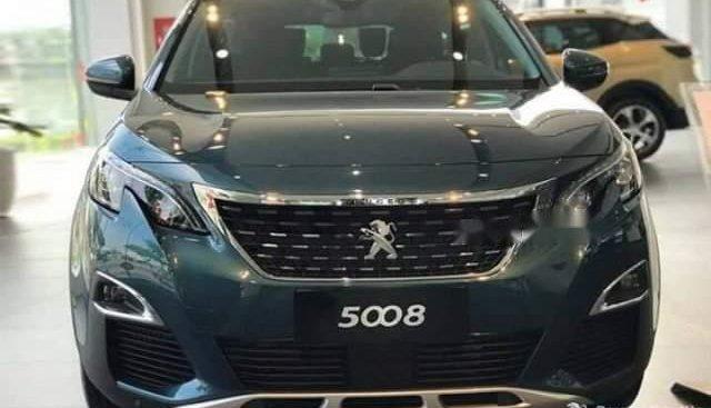 Bán ô tô Peugeot 5008 năm 2019 giá tốt