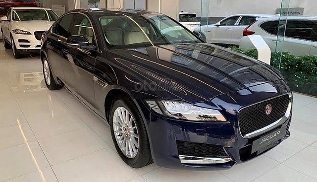 Bán ô tô Jaguar XF Prestige năm sản xuất 2019, màu xanh lam, xe nhập