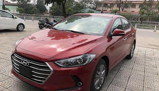 Bán ô tô Hyundai Elantra 1.6 AT 2018, màu đỏ