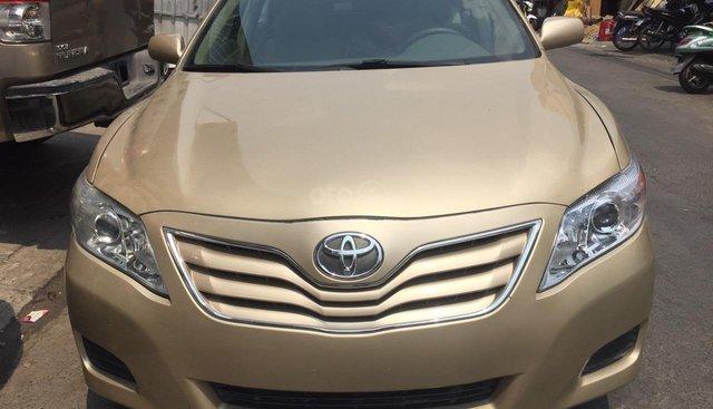 Bán ô tô Toyota Camry LE đời 2012, màu nâu, nhập khẩu
