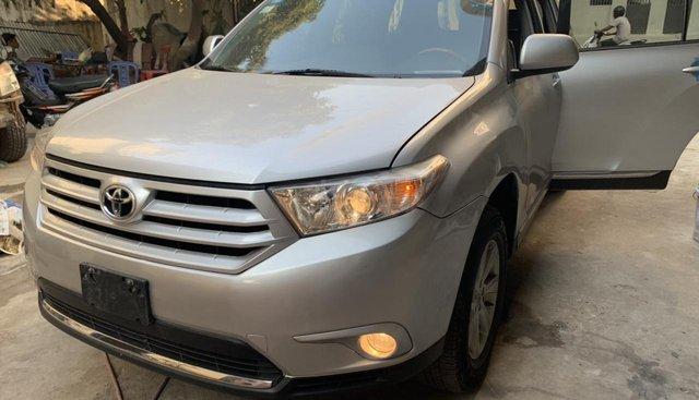 Bán Toyota Highlander đời 2014, màu bạc, xe nhập