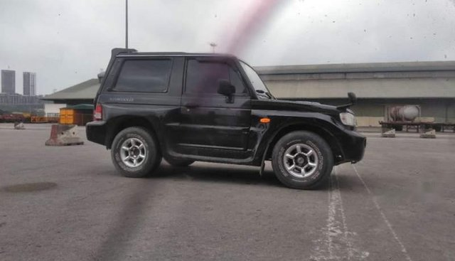 Cần bán xe Hyundai Galloper 2003, màu đen, xe nhập, giá 125tr