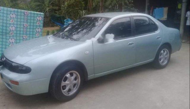 Cần bán lại xe Nissan Bluebird đời 1994, nhập khẩu