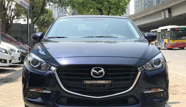 Bán ô tô Mazda 3 1.5 Facelift đời 2017 giá cạnh tranh